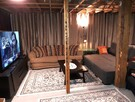Cocooning & Entertainment corner in the basement along with a 65'' HDTV with Bluray player-Netflix included