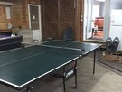 garage chauffé, table de tennis et de hockey sur table