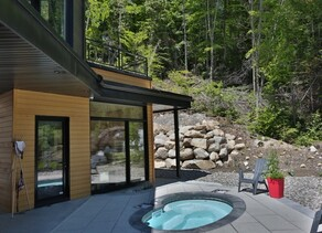 Cottages with spa (hot tub)