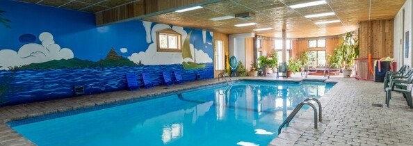 Cottages with indoor pool